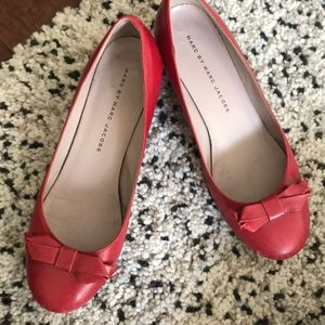 Marc by Marc Jacobs red low heels size 6